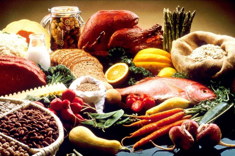 The Best Foods to Eat While Endurance Cycling